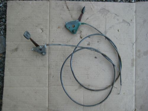 John Deere 110 112 - pair of throttle/choke cables-controls