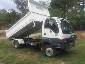 ISUZU TRUCK 4X4 Katoomba Blue Mountains Preview