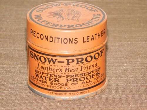"""VINTAGE 2 1/4"""" HIGH SNOW PROOF WATERPROOFING LIVONIA NY TIN CAN *EMPTY*"""