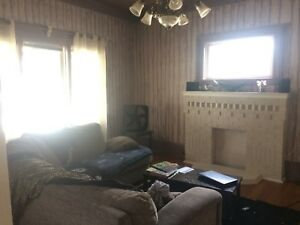 Room for rent great for university student