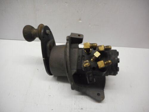 Eaton Char Lynn Hydraulic Power Steering Valve P/N 243-4022-002