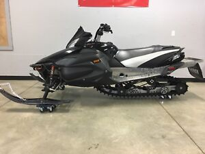 2008 Yamaha Apex/ Trade for 2 up sled