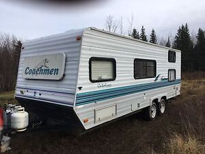 Holiday Trailer. 1998 Coachmen 26' Catalina lite