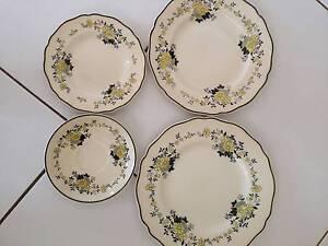 'COMO' Royal Doulton plates Aldershot Fraser Coast Preview