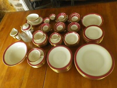 88 Piece Hutschenreuther Hohenberg Germany Porcelain Margarete China Set