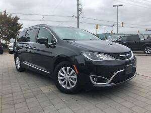 2017 Chrysler Pacifica TOURING-L**POWER SLIDING DOORS**