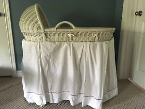 Pottery Barn Moses basket bassinet