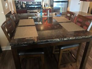 High-speed top Dining table with 4 leather chairs