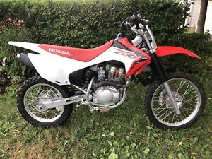 2016 CRF 150 F barely used