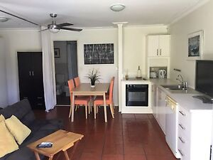Studio granny flat for rent for mature female Broadbeach Waters Gold Coast City Preview
