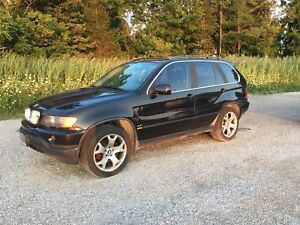2003 BMW X5 SUV 4.4 AWD Automatic Summer/Winter Tires