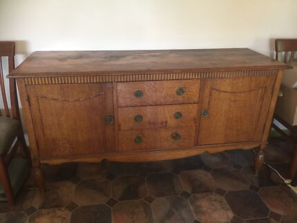 Oak Sideboard Inverell Inverell Area Preview