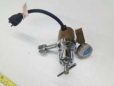 Works Concoa Heated Carbon Dioxide Gas Regulator 115v 8068005-01-1 Cga 320