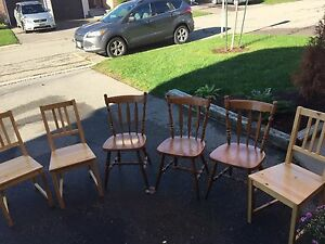 Hardwood table and chairs  Kitchener / Waterloo Kitchener Area image 4