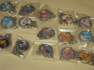 Peanuts charlie brown snoopy BottleCap Necklaces party favors lot of 15 - Snoopy Party Favors