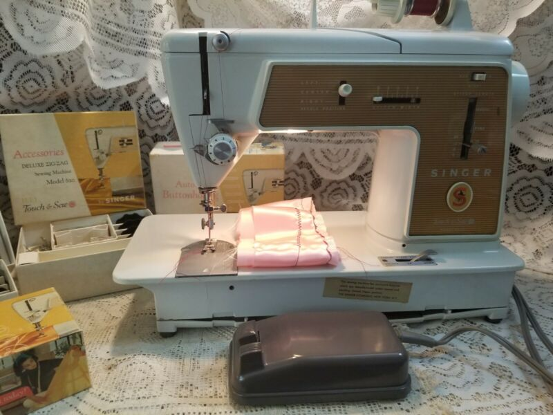 Singer Touch n Sew #603E METAL GEARS with Buttonhole, Attachments, Discs