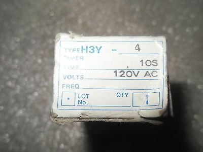 Omron H3y-4-ac120-10s Timer