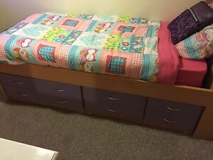 Girls single bed South Windsor Hawkesbury Area Preview