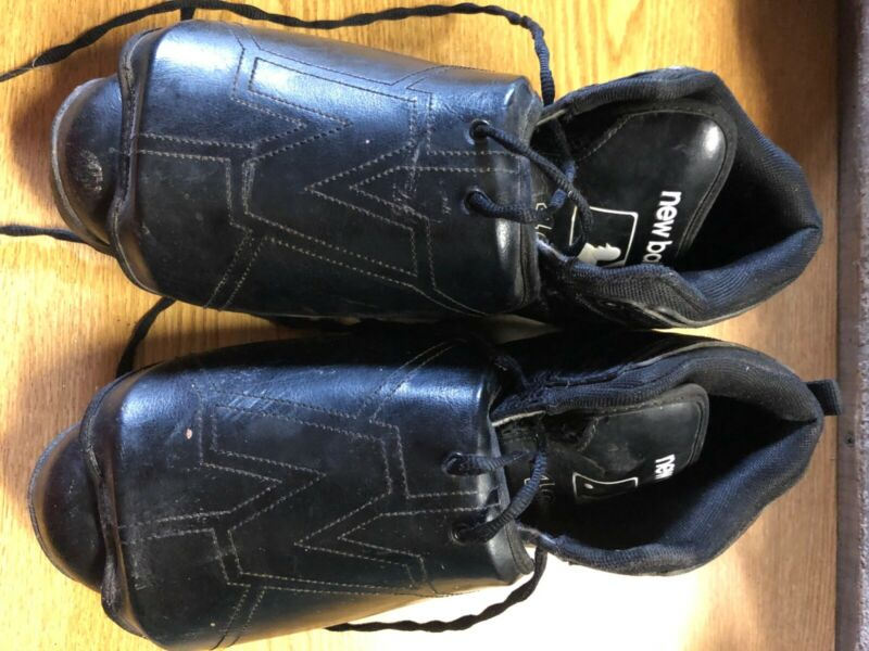 baseball umpire padded shoes