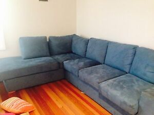Fantastic furniture L shaped 6 seater Seaforth Manly Area Preview