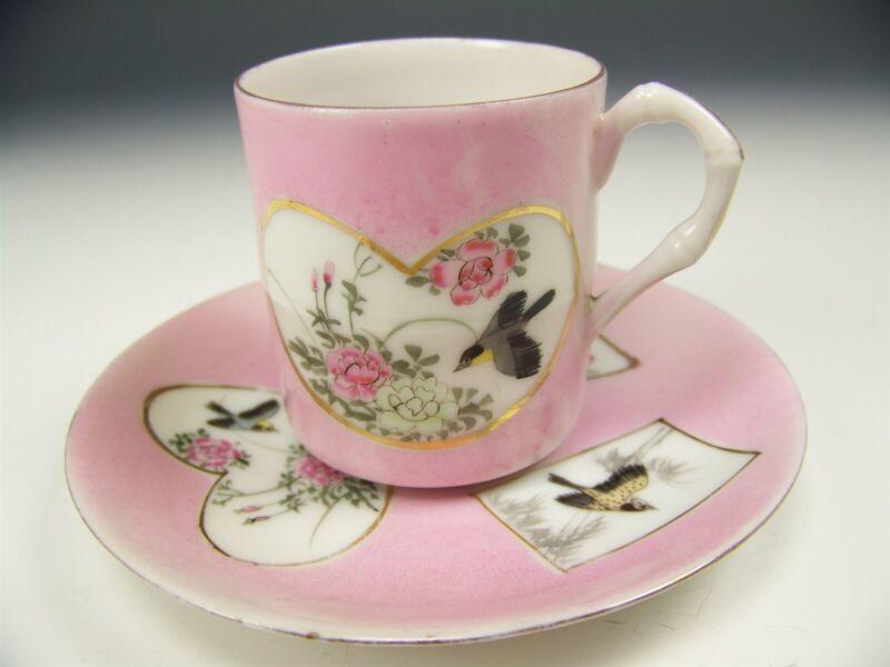 JAPANESE KUTANI HAND PAINTED BIRDS DEMITASSE TEA CUP & SAUCER BAMBOO HANDLE