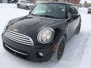 2013 Mini Cooper Baker Street Edition + Warranty and WinterTires