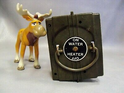 American 30 Amp Hot Water Vintage Fuse Pull Out Lid