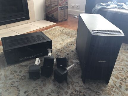 BOSE s/sound with PIONEER amp 1 year old w BRACKETS