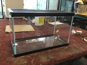 Glass  reptile tank w/screen