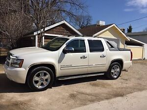 2010 Chevy Avalanche LTZ *Safetied* OBO