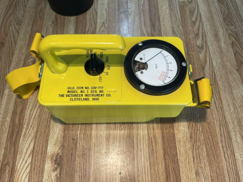 Civil Defense Victoreen Instrument Co. CDV-717 Radiological Survey Meter