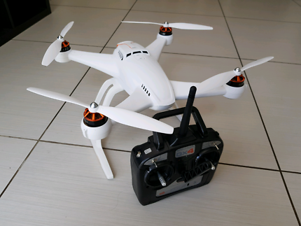 FOR SALE: Blade Chroma AP Combo quadcopter (Drone)