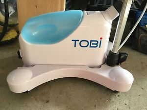 Tobi clothes steamer