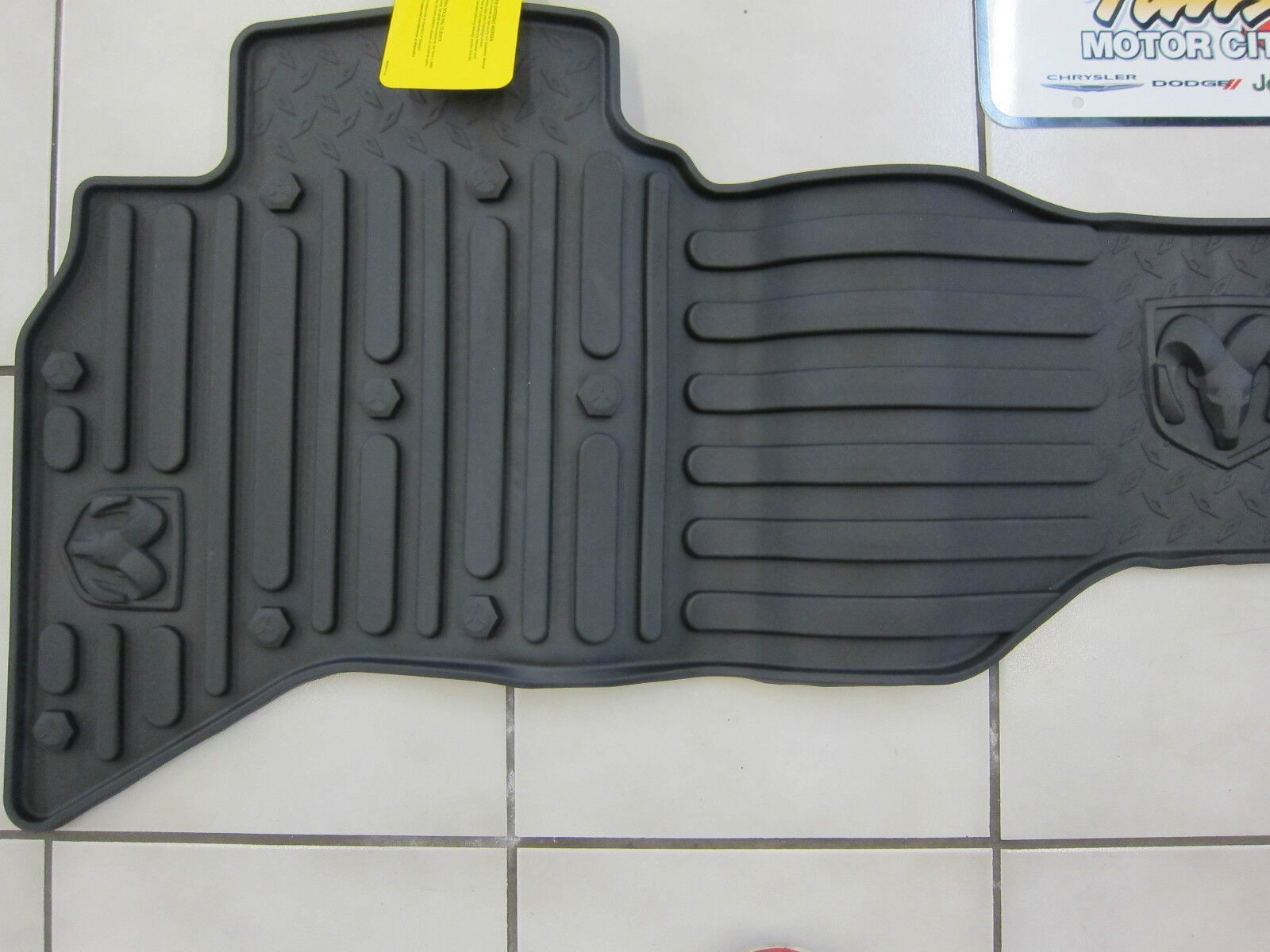 2009 2012 Dodge Ram 1500 Quad Cab All Weather Rubber Slush Floor Mats Mopar Oem Ebay