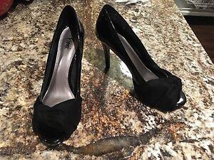 Patent & suede black peek-a-boo toe high heels - size 8