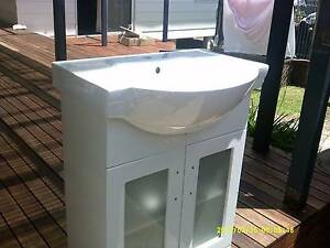 Bathroom vanity basin and cabinet Kanwal Wyong Area Preview