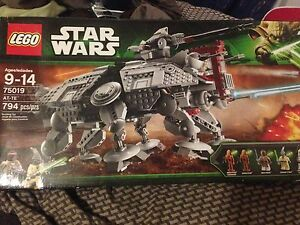 Lego Star Wars AT-TE Set #75019 (retired product).