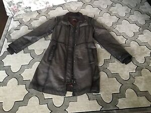 Leather coat/Manteau de cuire