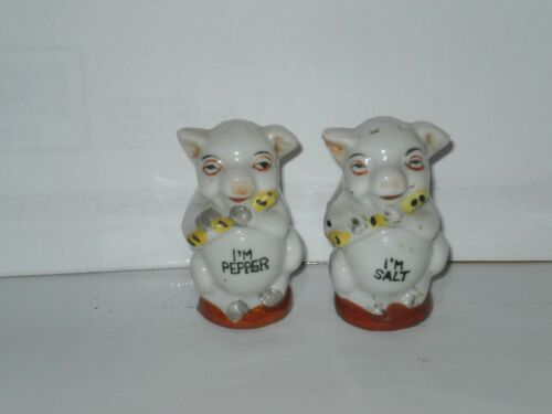 VINTAGE PIG CERAMIC SALT N PEPPER SHAKERS 1960