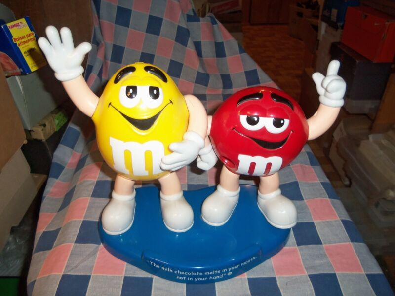 """M & M Candy Dispenser Red Yellow Milk Chocolate Melts Mouth not Hand 10 1/4"""" Hi"""