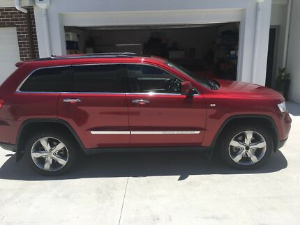 2012 Jeep Grand Cherokee Overland in great condition
