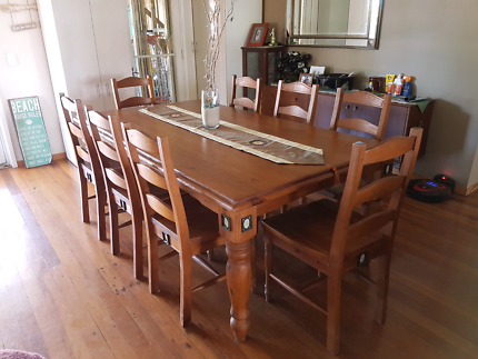 Solid Timber 6seater dining tableDining TablesGumtree