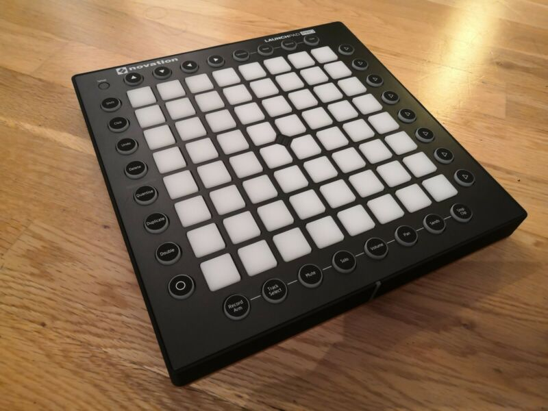 Launchpad Pro with Box + Accessories