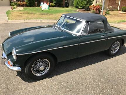1965 MGB IN GREAT CONDITION