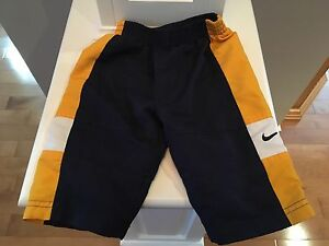 Nike boys pants. 6-12 mths