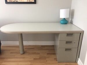 High quality desk