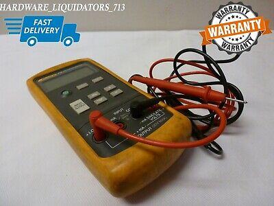 Fluke 715 Voltma Calibrator With Hard Case