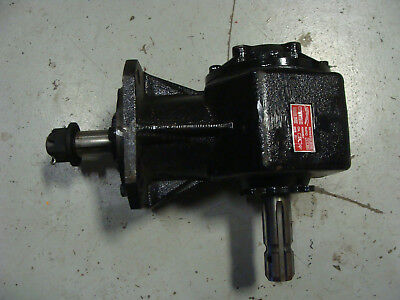 Mower Gear Box Howse John Deere Bushhog Straight Shaft With Keyhole