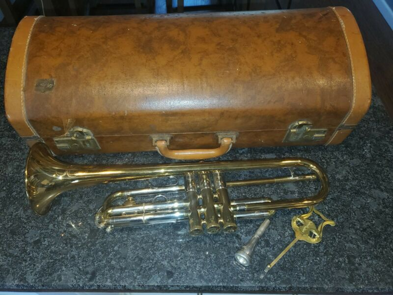 Vintage 1953 Olds Recording Trumpet Los Angeles California with Carrying Case