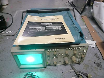 Tektronix 2220 60mhz Digitalanalog Oscilloscope With Extras